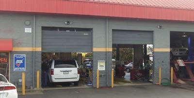 Garden Hwy Auto Clinic garage